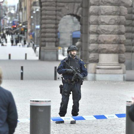 attacken-polisen-18